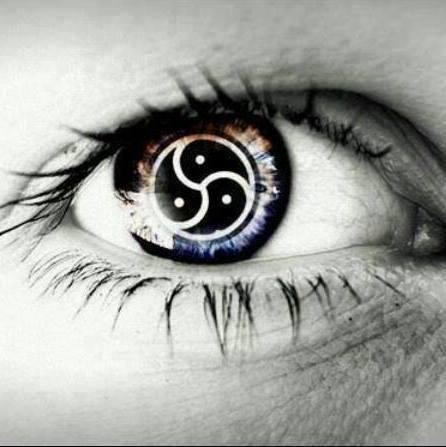triskele eye